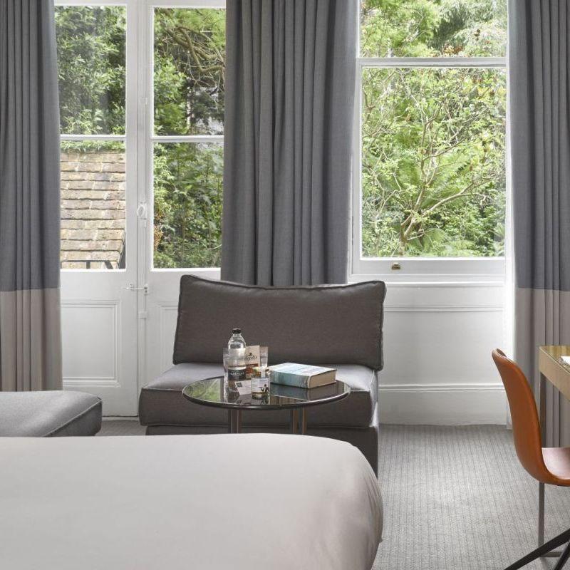 K+K Hotel George Kensington, London Superior Room View to Window