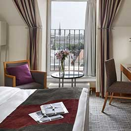 K+K Hotel Maria Theresia, Vienna Executive Room view to Window