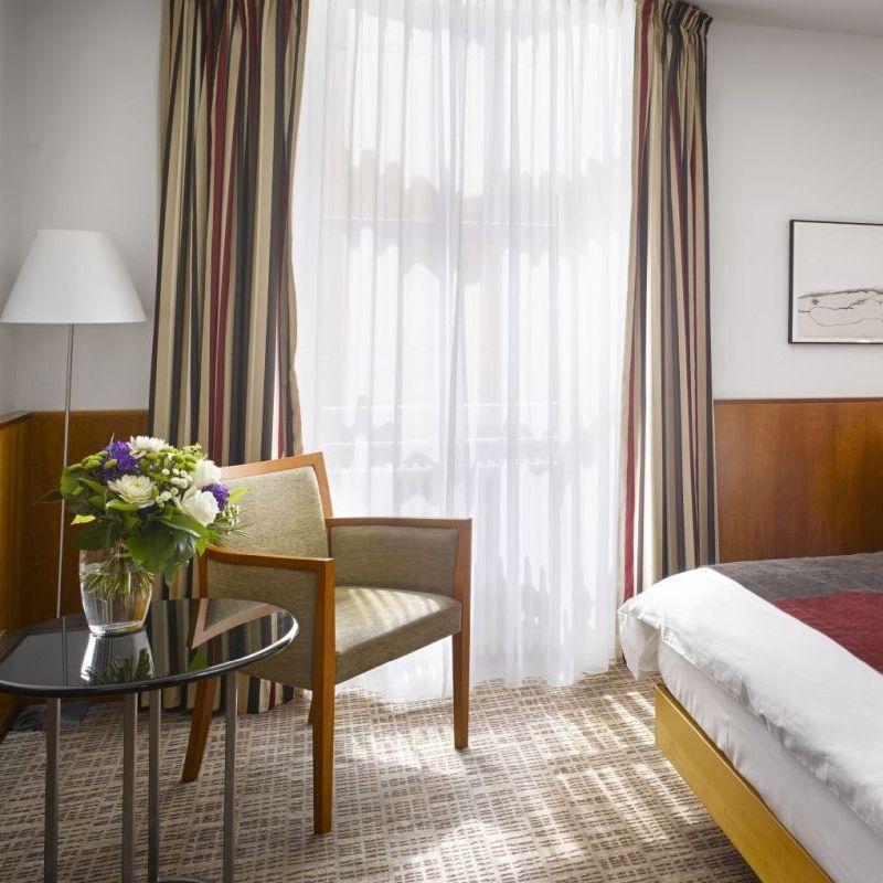 K+K Palais Hotel, Vienna Classic Double Room Window View