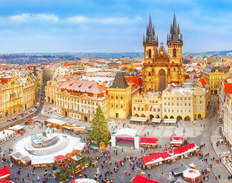 Colorful old town market of Prague